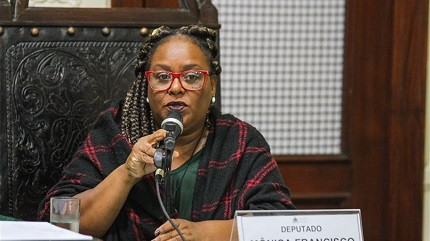 Reeleita, presidenta da Comissão de Trabalho estabelece metas ambiciosas